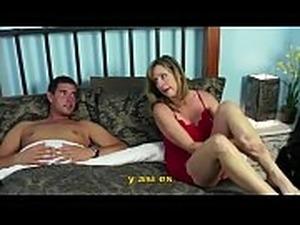 Madre e Hijo - Comparten cama - Jodi West