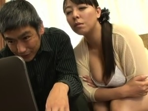 Stacked Japanese mom stuffing her fiery cunt with hard meat