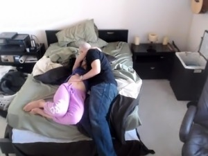 Busty amateur mom gets her juicy cunt devoured and fucked