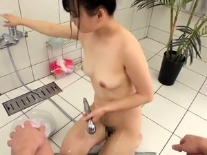 Adorable Japanese masseuse knows exactly what a cock needs