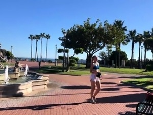 Sexy amateur teen reveals her kinky side in a public park