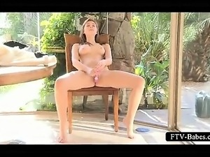 Teenie lusting for orgasm vibes her sexy pussy