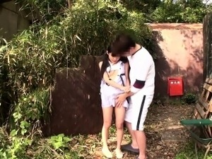 Tiny japanese pissing babe outdoors gets fingered