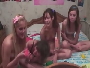Four croatian teens in live show