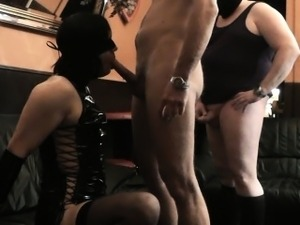 Homemade sex partys with crossdressers and t-girls