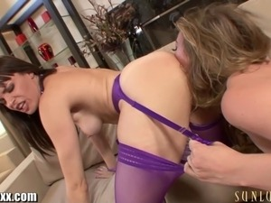 Dana Dearmond's pussy is dropping lots of pussy juice while she is...