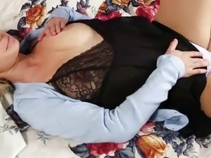 Girls Out West - Australian girl massaging her clitoris