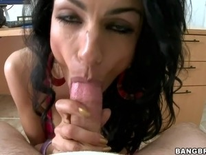 Persia Pele is a sexy MILF from Iran. This raven