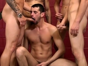 Jason Denver action at a gay orgy
