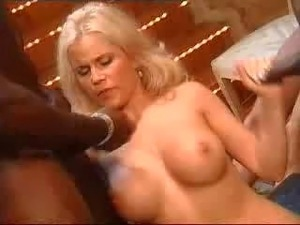 Gina wild порно видео