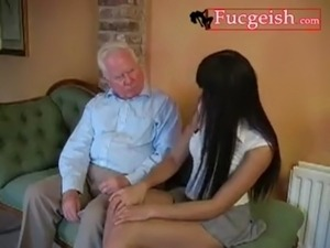 A Bad Slut Gets A Spanking From An Old Guy Video free