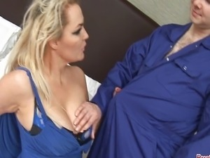 MILF Debbie Barry gets her big tits sucked by the plumber then gobbles his...