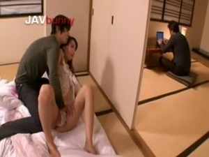 Japanese Model Gets Pussy Wet free