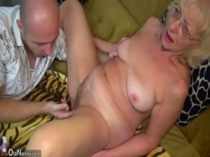 HOT Young guy fucking granny with strap-on OLDNANNY free