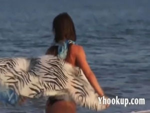 Latina Fucks and Squirts on Nude Beach yhooku free