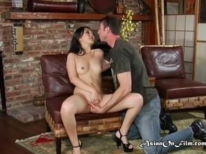 Horny Evelyn gives photographer a blowjob during a photo shoot