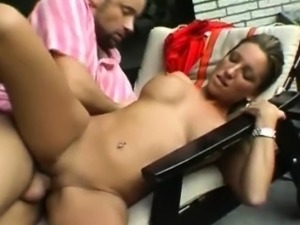 Dutch MILF Is A Horny Babe