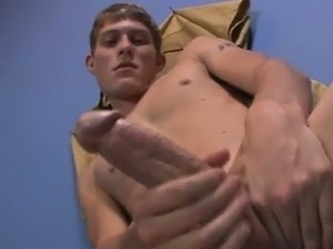 Hot gay sex Taylor is too nasty to concentrate on homework s