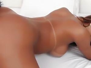 Shemale hottie barebacking her man