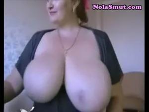 Hot brunette camgirl huge saggy tits webcam