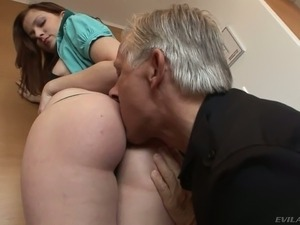 Abigaile Johnson is a delicious girl with juicy big ass.