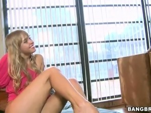 Smiling blonde Autumn Briggs with beautiful slim legs loves foot