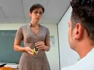 Mature Teacher Seduce Her Student free