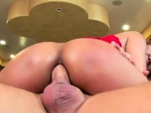 Horny milf loves sucking cock