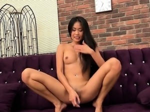 Sexy girl cumshot surprise