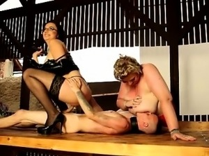SBBW and a Chubby torturing a male slave