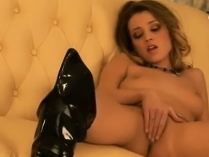 Carli Banks is so hot she doesn\'t need a partner, all she