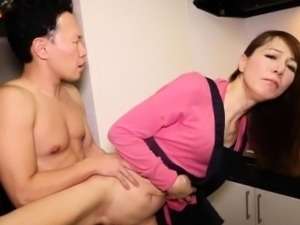 Amateur asian tranny doggystyled then facial