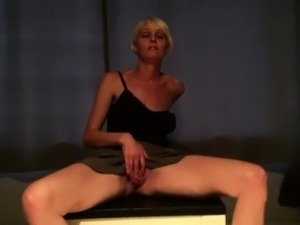 Hot MILF has sex and cum load on her heels