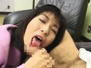 Hot Japanese semen addict milks a strangers hard cock