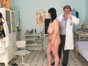 Aged lady beside Hanging Boobs has Examined By the Doctor