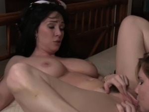 First time lesbian pussylicking until orgasm