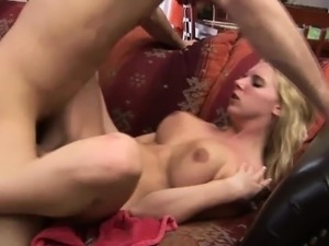 Blonde bitch enjoys getting drilled really hard