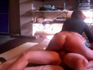 Young guy fucks mature pussy