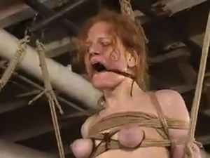 Sye Rena has Chained And shaged nearly the toy inside pain pleasure performance