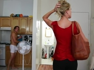 Housewife Sex & Porn Clips