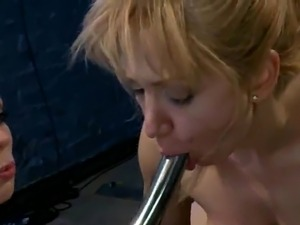 Lea Lexis Taking Anal Insertions From Lorelei Lee inside crazy lesbie sadism