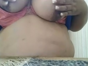 Amateur bbw mom with big tits