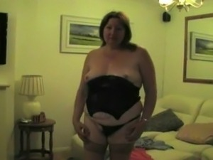 Hot wife in a 3somes ..................