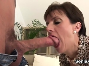 Unfaithful british mature lady sonia displays her giant boob