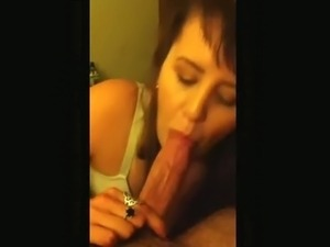 Suck and cum on her face