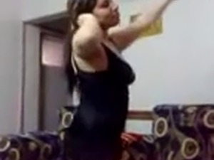 Arab girl Sexy Dance for you