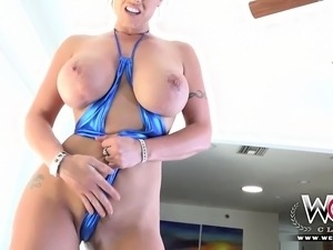 Big tits slut wants to get fucked by a BBC