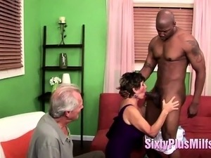 Black Stud Receives Cock Sucking