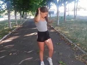 RUSSIAN DANCE TWERK