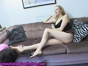 Irresistible blonde with sexy long legs gets her perfect feet licked